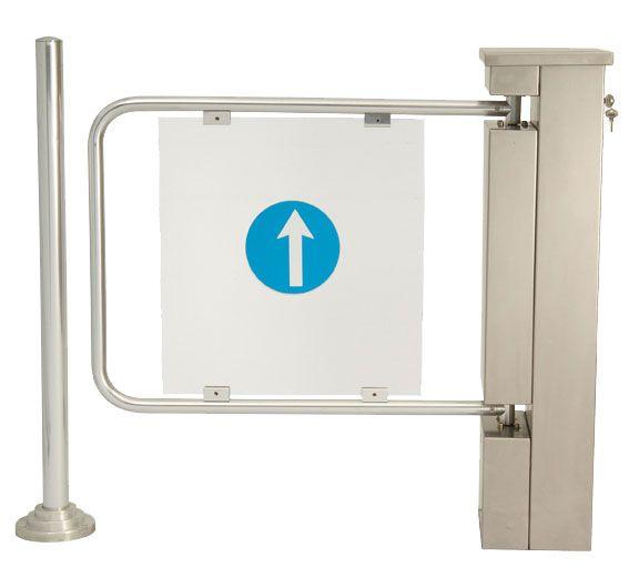 Porta de Batente de 75 a 90 cm de passagem para utilizadores de cadeiras de rodas e carrinhos largos