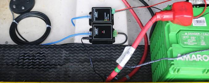 Sensor Ultrasónico de Medição de Combustível e Voltímetro isolado DC